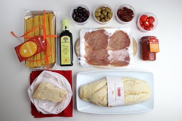 So sieht es aus, wenn köstliche Antipasti und Pasta nachhause geliefert werden.