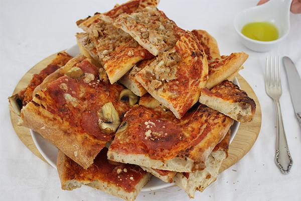 Pizza, Pizza, Pizza! Eine bessere Idee für Hefeteig gibt es fast nicht!